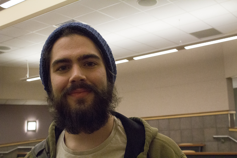 how to grow a beard like drake
