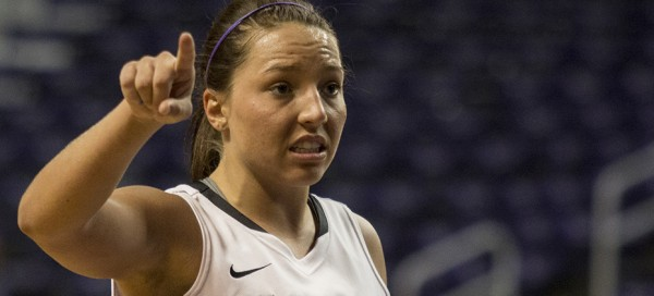 Women's basketball team to face Oklahoma State Cowboys tonight