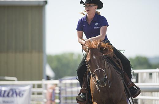 No 5 Equestrian Team Set To Face No 6 Texas A Amp M The