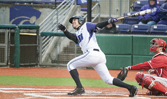 Kivett hits for cycle, Wildcats blow away Cornhuskers 12-6