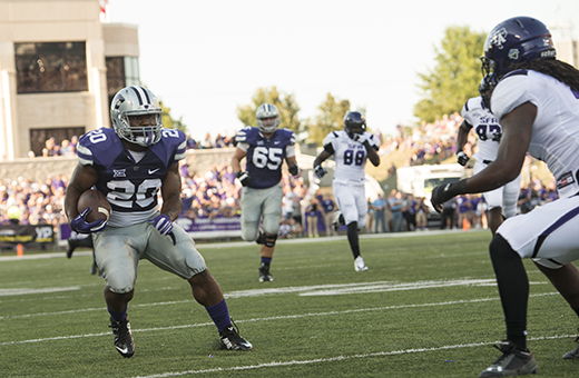 Wildcats smother Lumberjacks with running game in season-opening win