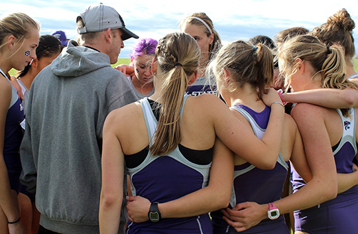 Cross country head coach Michael Smith departing after trip to Iowa