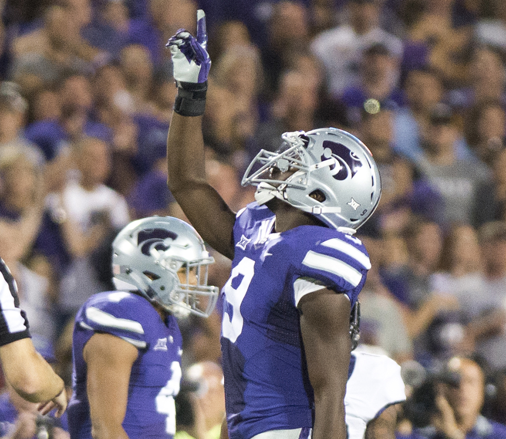 Off the field with linebacker Elijah Lee | The Collegian