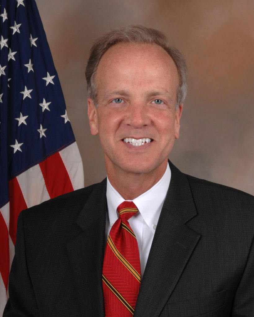 Jerry_Moran,_official_Congressional_photo_portrait.jpg