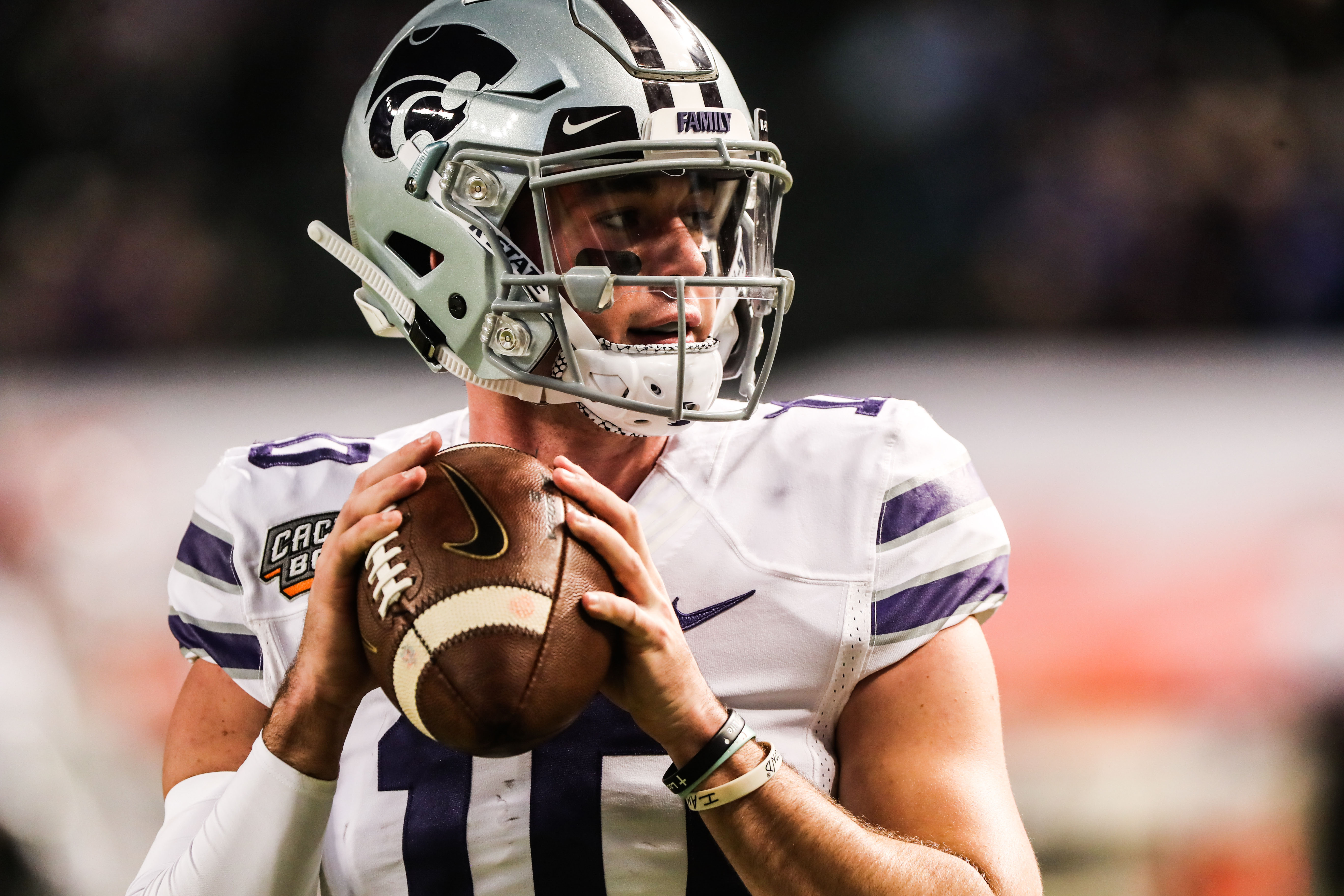 54d8809cf19 HALFTIME  K-State s rocky start in first half simmers to a UCLA lead ...