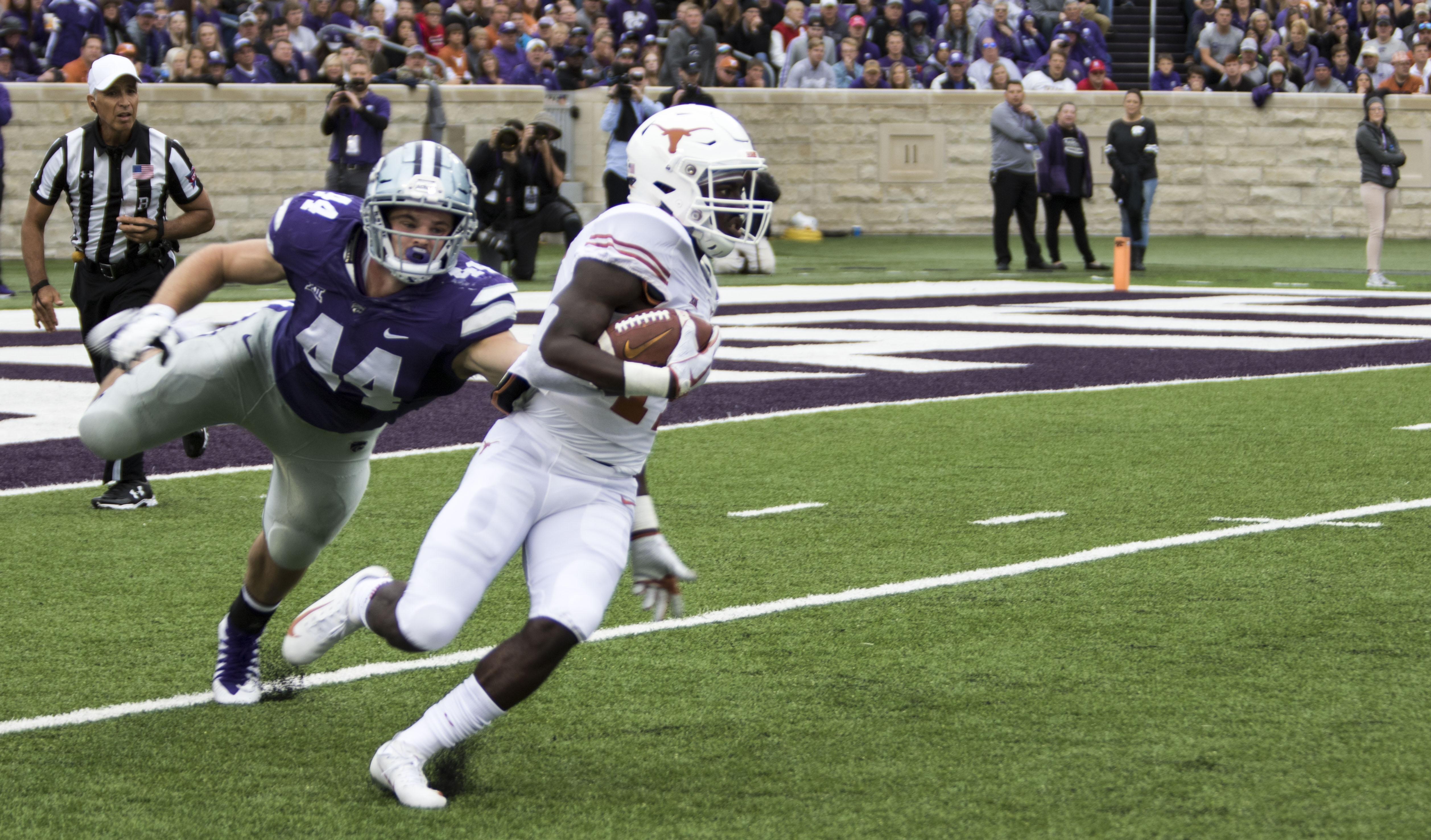 Longhorns survive Kansas State in 19-14 thriller