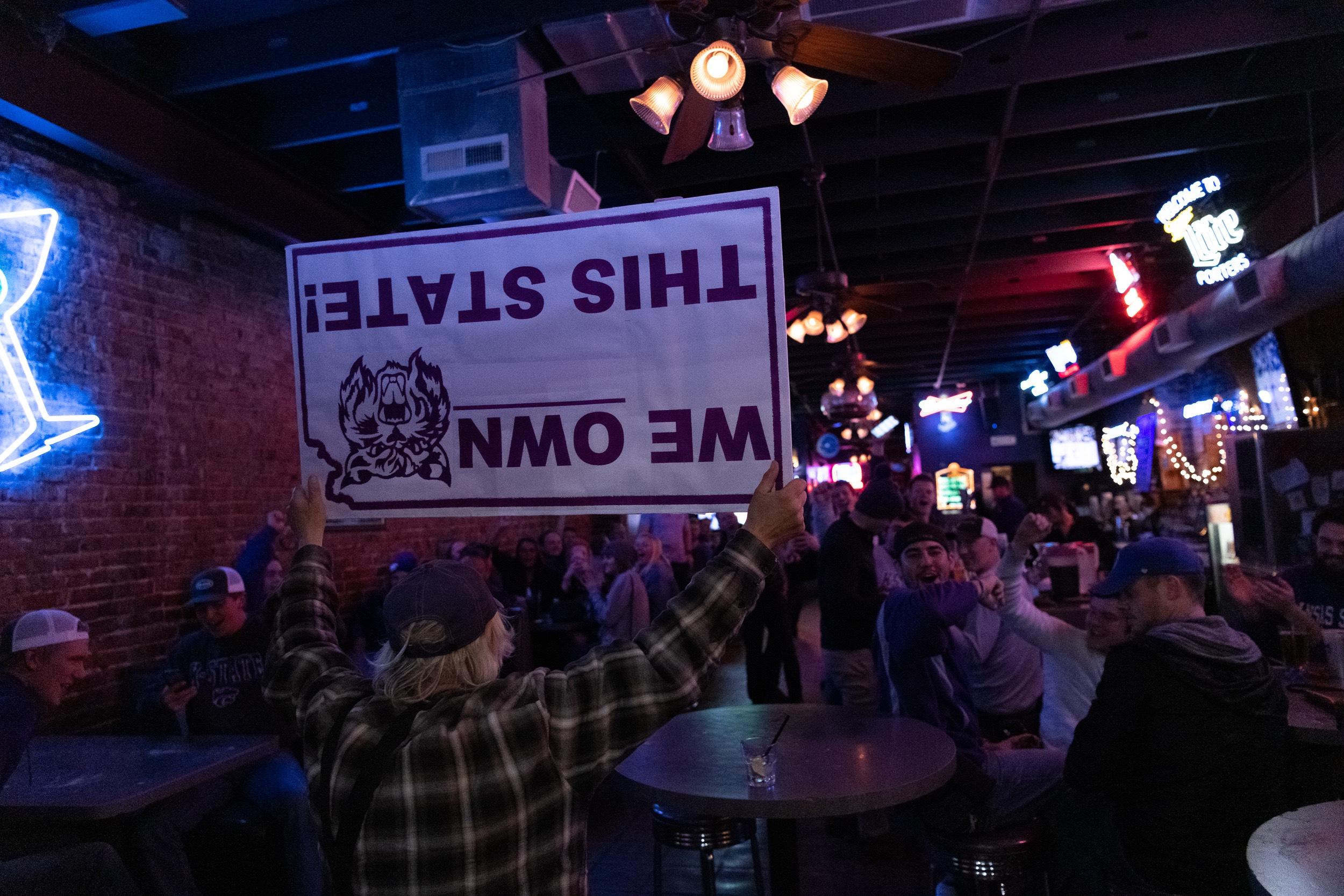 Brown, Sneed help Kansas State beat No. 13 Kansas