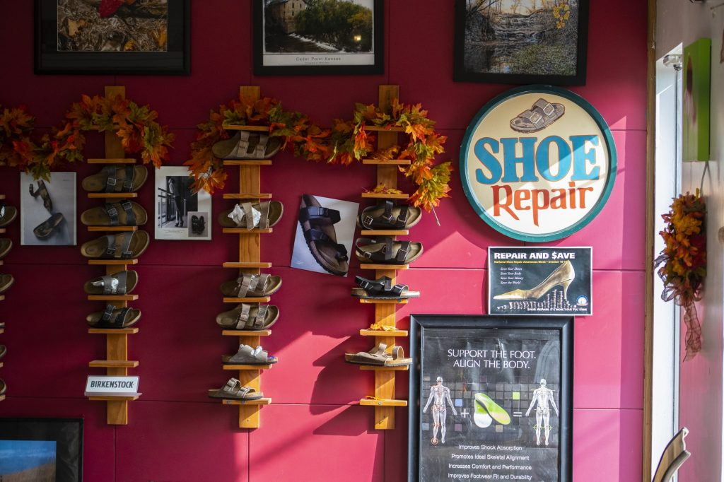 Little shelves display the different options of Birkenstock sandals.