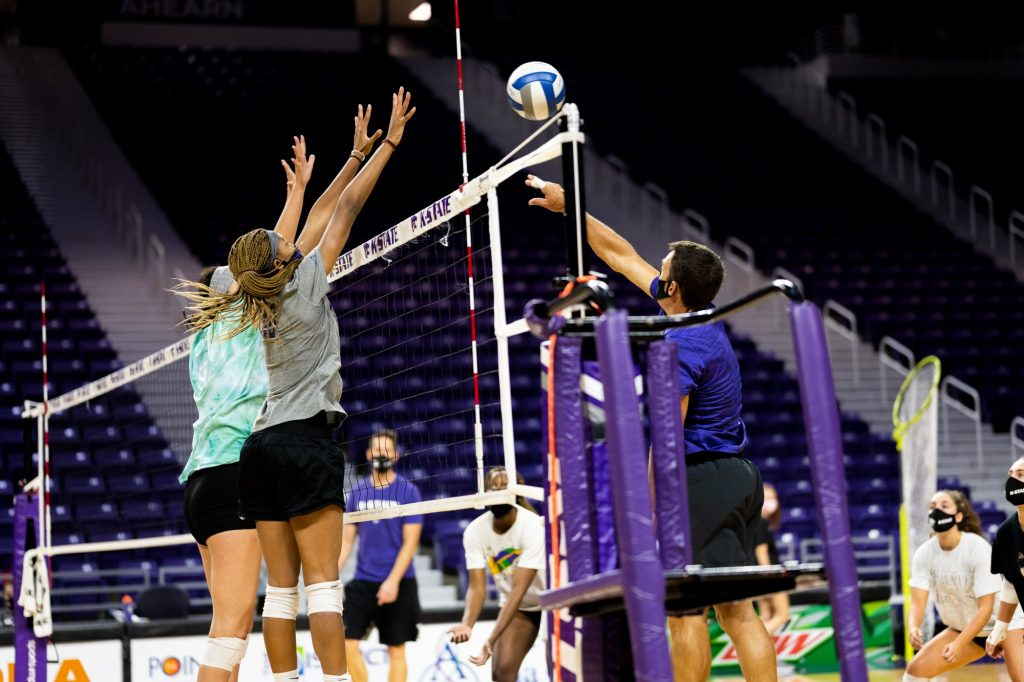 K-State Volleyball practices at Bramlage Coliseum as their first match nears. (Dylan Connell | Collegian Media Group)
