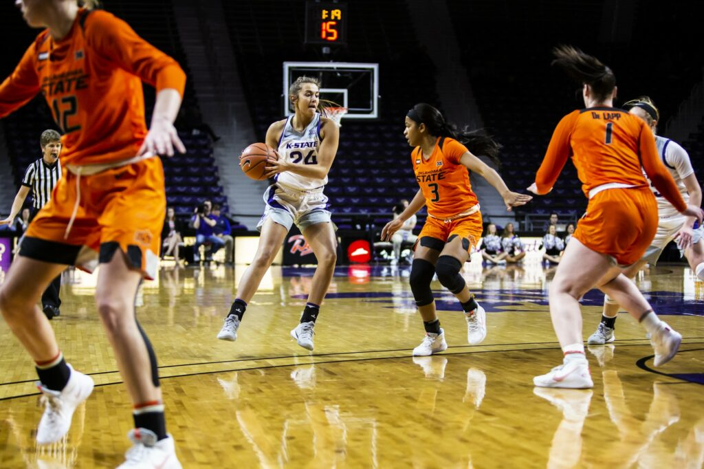 Sophomore guard Emilee Ebert dribbles down the court in K-State's 70-63 loss to Oklahoma State last year. (Logan Wassall | Collegian Media Group)