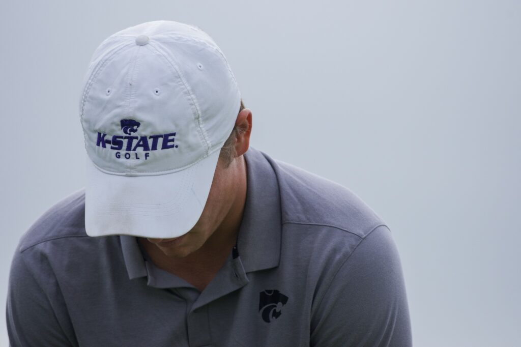 A K-State golfer practices at Colbert Hills Golf Course in 2018. (Brooke Barrett | Collegian Media Group)